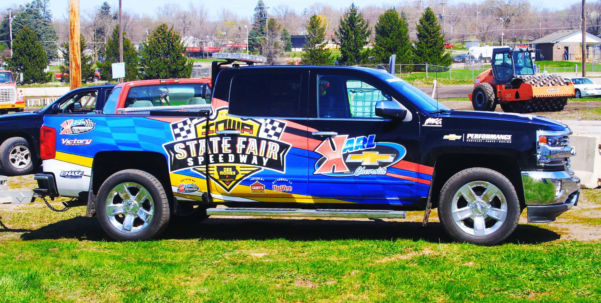 isfs-fb-vehicle-wrap