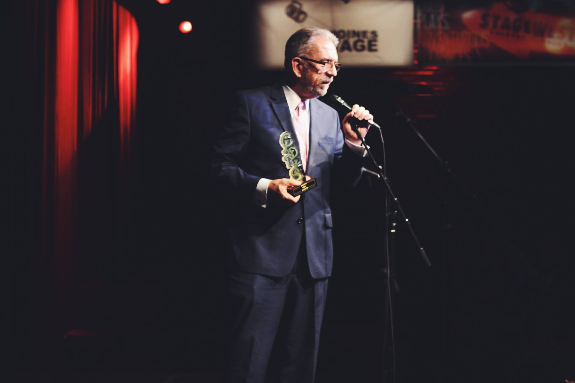 Farmboy Cloris Awards Statue Photo 2